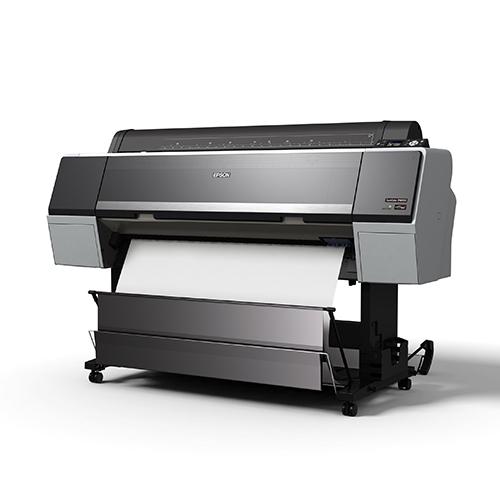 Epson-SureColor-P9000-Delivering-Blank-Print-Into-Open-Basket